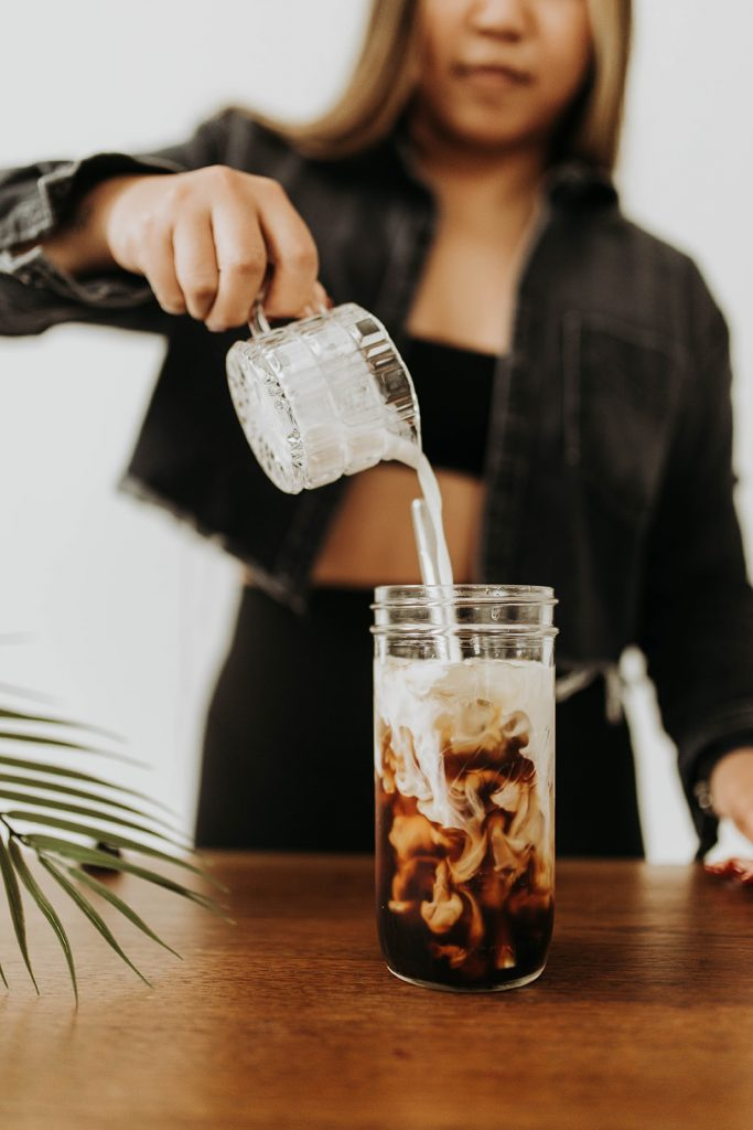 Jenn Hanft of JOUHCO making iced coffee - Branding Photo by Ruby Olivia Photography